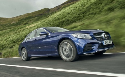 7 benefits of buying an Approved Used from Mercedes-Benz Hertfordshire.