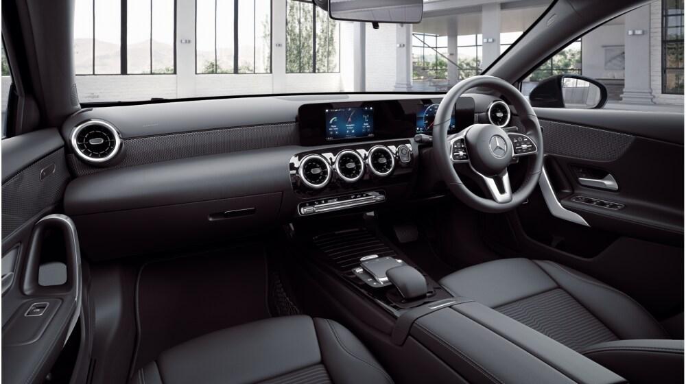Mercedes-Benz A 200 Sport Saloon